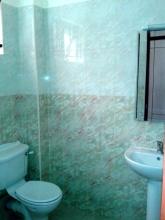 ea_Bathroom_295043945